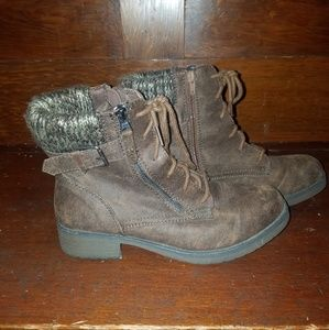Faded Glory Women's size 10 zipped ankle boots